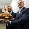 Аксенов собрался накормить и согреть Сирию