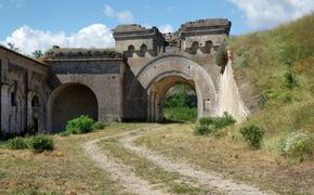 Подрядчика реконструкции крепости «Керчь» не нашли