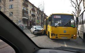Из-за ДТП в Севастополе образовалась большая пробка