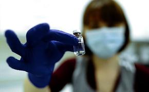 Министр здравоохранения Крыма гарантировал – вакцина защищает от заболевания