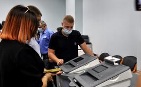 В Севастополе вбросов бюллетеней не было – людям показалось