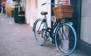 У севастопольца из подъезда дома украли велосипед