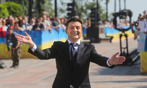 Песков заявил, что вопроса о принадлежности Крыма не существует