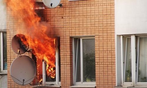 На пожаре в Джанкое спасли троих людей
