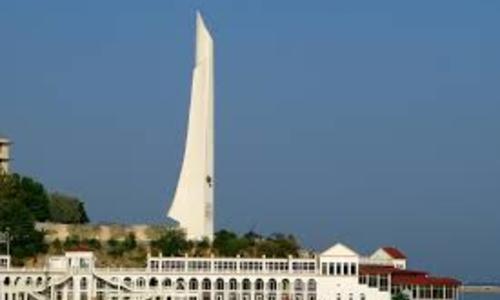 На реставрацию обелиска в Севастополе потратят в 4 раза больше