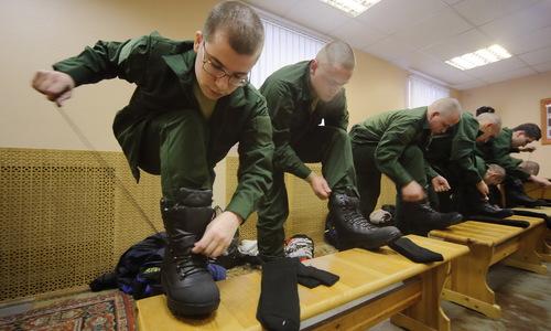 Как и где служится крымским призывникам