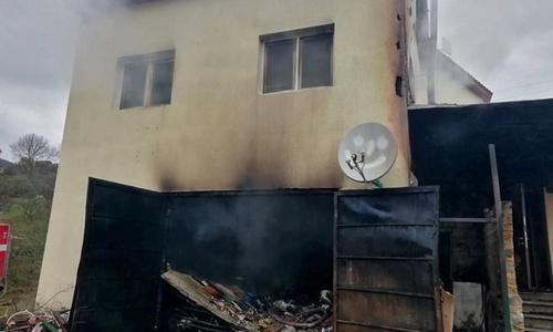 Ночью в селе под Алуштой сгорел гараж