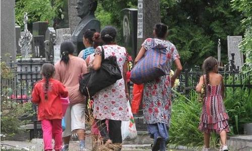 На выходные ждем запрета на посещение пляжей и кладбищ