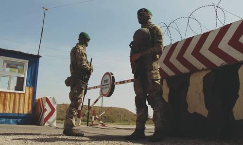 Перед выборами Украина усилила охрану на границе с Крымом