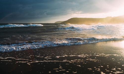 Два севастопольских пляжа открыли для купания