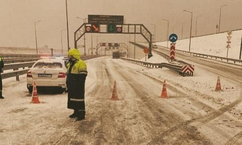Проектировщики Крымского моста такого не предвидели
