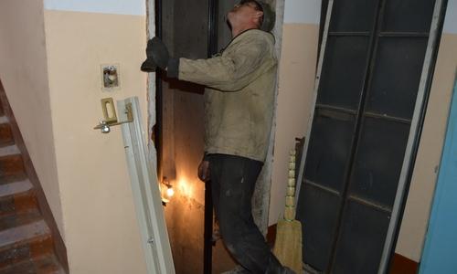 В этом году в Симферополе обновят старые лифты
