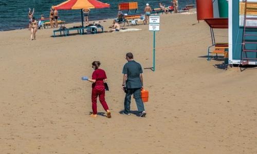 Возможно вакцину в Крыму будут предлагать на пляжах, как холодное пиво