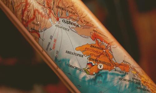 Украинцы решили, что к ним коронавирус «заезжает» из Крыма