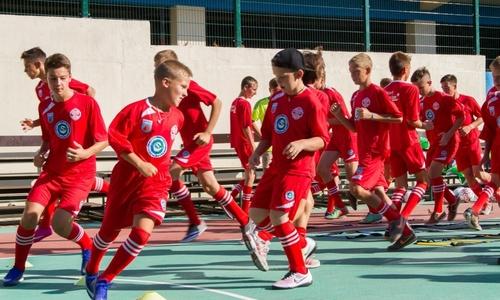 «Артек» примет футболистов из Ташкента и Тараклии