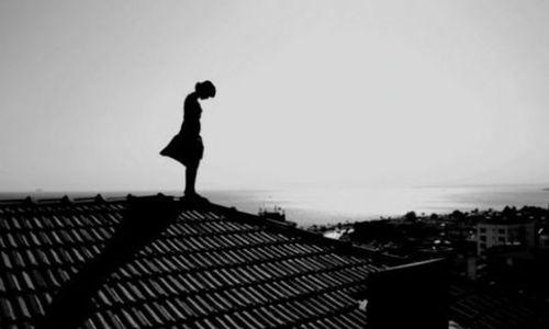Симферопольскую девочку-подростка довели до суицида