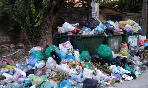 До конца недели Симферополь избавят от мусора