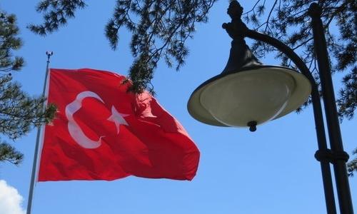 Медведев разрешил гражданам Турции работать в Крыму