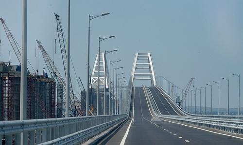 Старт дан: первые машины проехали по Крымскому мосту