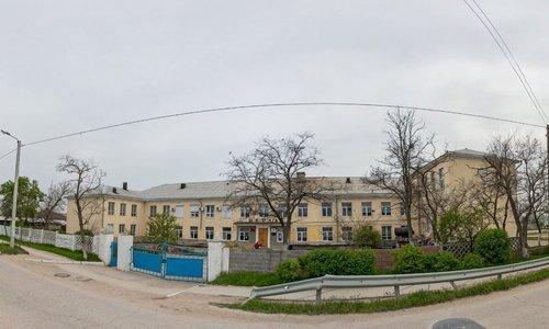 В Севастополе перестали строить новые корпуса для школы