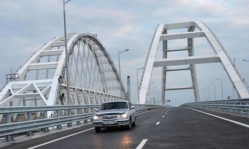 Росреестр зарегистрировал мост в Крым