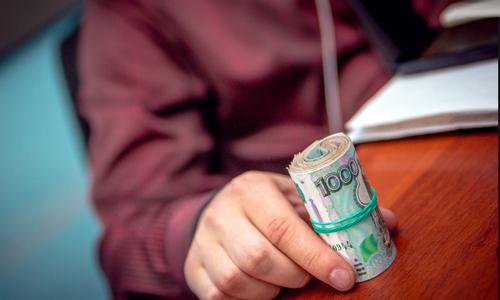 Аксенов обещал найти деньги для эвакуации крымчан из Египта