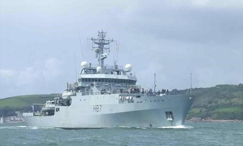 В Черном море замечено британское судно-разведчик