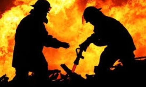 Крымские пожарные спасли от огня 18 человек