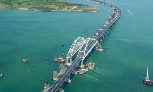 Крымский мост могут закрыть на неделю