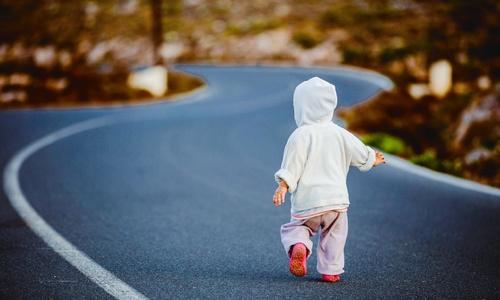 Осторожно! В Крыму дороги переходят четырехлетние дети без родителей
