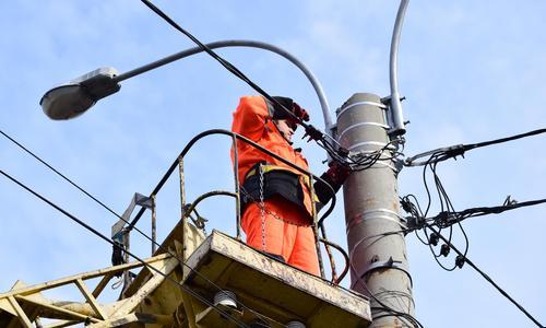Да будет свет: 30 улицам Симферополя вернули освещение