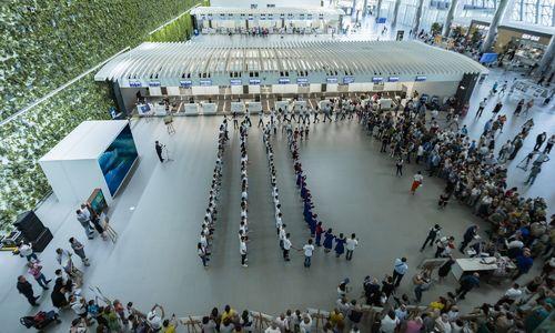 Аэропорт Симферополь отметил свои именины в День России