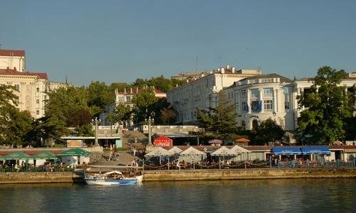 В Севастополе завершают ремонт Графской пристани