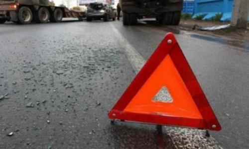 В ДТП на крымской трассе пострадали два человека