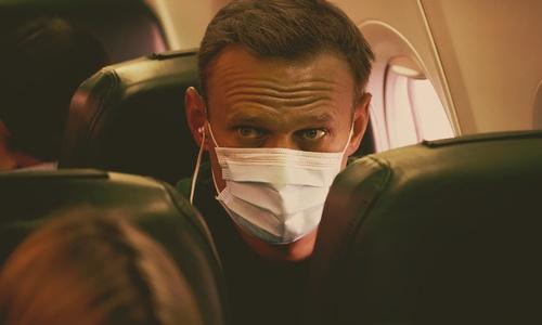 Все крымские депутаты Госдумы умолчали о Навальном