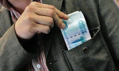 Севастопольца могут посадить на два года за кражу денег у матери