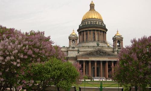 Военные музеи Севастополя передали Санкт-Петербургу
