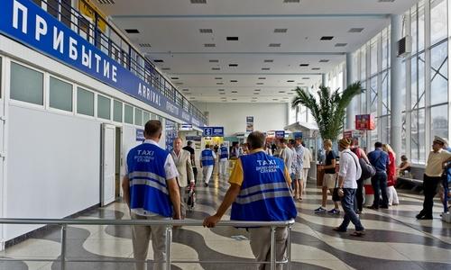 В аэропорту Симферополя воруют тележки