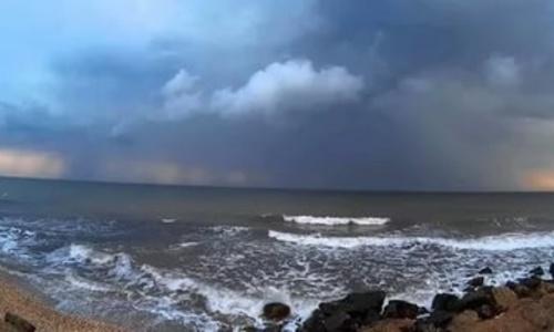 Крым встретит выходные дождями и градом