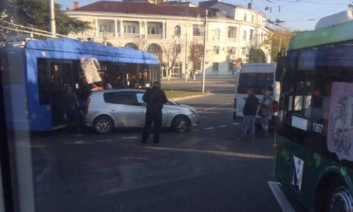 ДТП в центре Севастополя остановило движение
