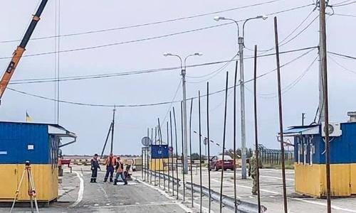 Украина строит новые КПП на границе с Крымом