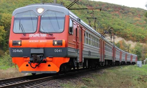 Билеты на первый поезд «Москва – Симферополь» почти распроданы