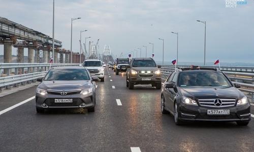 За три дня по Крымскому мосту проехали 70 тысяч авто