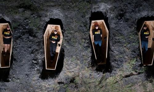 Ходить на чужие похороны можно помня, что они не должны стать вашими
