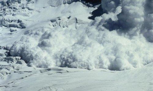 Крымчан просят не ездить в горы – возможен сход лавин