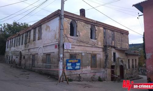 В Бахчисарае сносят историческое здание
