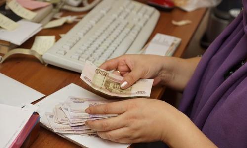 Крымчане получат соцвыплаты сразу за три месяца