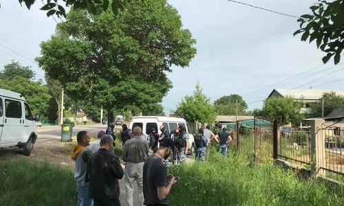 Силовики снова обыскивают дома крымских татар