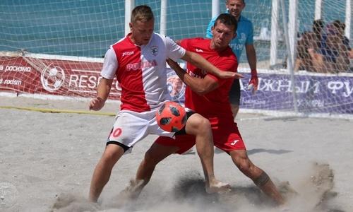 Крымский пляжный футбол даже не мечтает о спонсорах