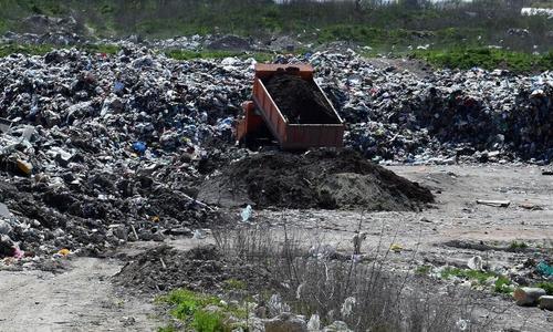 Жители Каменки митинговали против «мусорного» завода